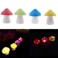 4pcs solar powered mushroom led light