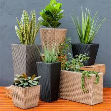 square poly rattan planter