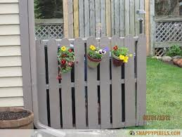 107 Used Wood Pallet Projects And Ideas Snappy Pixels Hide Trash Cans Outdoor Trash Cans Pallet Fence