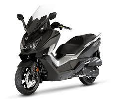 sym cruisym 125i maxi scooter taiwan
