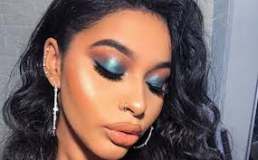 makeup application fashionisers