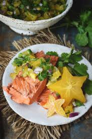 Low-Carb Grilled Salmon with Starfruit ...