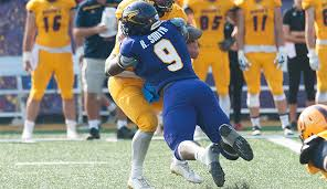 Laurier DL Robbie Smith accepts mini-camp invite from New York Giants -  3DownNation