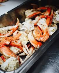 Prepare and Eat Crab Legs ...