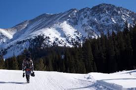 colorado ski resort closing dates for
