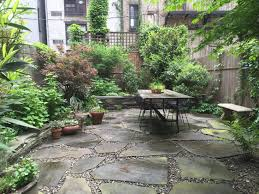 Rental Garden Makeovers 10 Best Budget Ideas For An Outdoor Space Gardenista