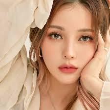 korean makeup trends fall 2019