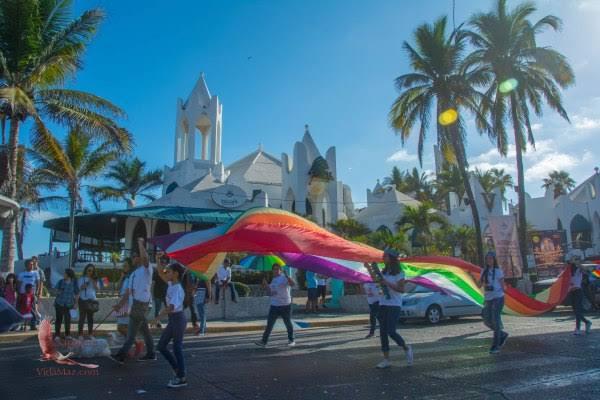 """Resultado de imagen de Gay Pride March of Mazatlan"""""""