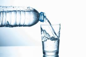 Does Drinking Water Do Anything to Help My Dry Skin?