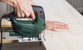 How To Use A Jigsaw To Cut A Straight Line Saw Crafts