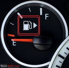 Ever Wondered What This Arrow Next To Your Car's Fuel Meter Means ...