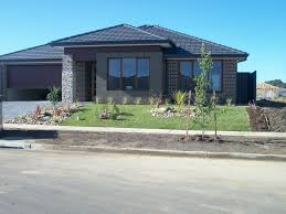 landscaping pictures for front yard