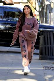 madison beer out in beverly hills 01