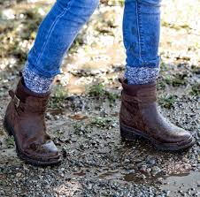 muck boot las liberty leather ankle