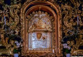 Perchè quando scende la madonna di San Luca a Bologna piove?