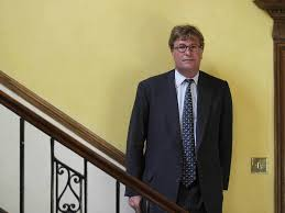 Oh dear, Crispin Odey. Hard times for the flamboyant hedge fund tycoon |  The Independent