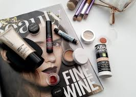 what s in my makeup bag 07 18 16