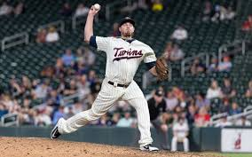 Twins place struggling Addison Reed on DL | Grand Forks Herald
