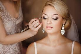 tips for wedding makeup hair trends