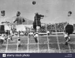 Partita di calcio Italia - Germania a Firenze nel 1939 Foto stock - Alamy
