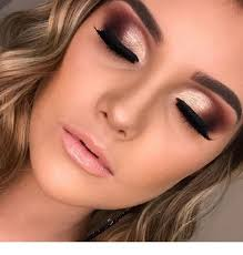 eyelashes and nice eye makeup