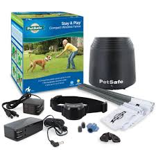 Petsafe Stay Play Wireless Fence System Covers Up To 3 4 Acre For Dogs And Cats Over 5 Lb Waterproof And Rechargeable With Tone And Static Correction Walmart Com Walmart Com