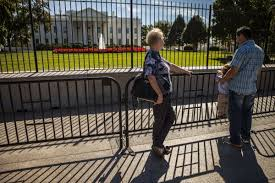 Secret Service Erects Extra Fence Around White House Time