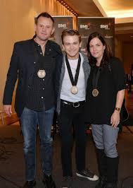 "Lori McKenna, Troy Verges, Hunter Hayes - Troy Verges Photos - Hunter Hayes  Celebrates No. 1 Song ""I Want Crazy"" In Nashville - Zimbio"