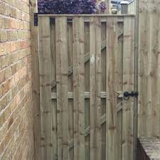 Wind Proof Fences Hit And Miss Panels S T Fencing Timber Product