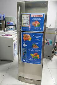 Tủ lạnh TOSHIBA 275 lít đời mới, quạt gió đẹp, mới 94%. - chodocu.com