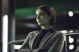 Arrow: Willa Holland returns for season 8   EW.com