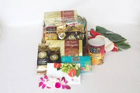 aloha hawaiian gift basket coffee