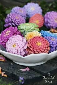 Pin di Myrtle Stevens su This is me .... | Decorazioni estive fai da te,  Artigianato primaverile, Creazioni coi fiori