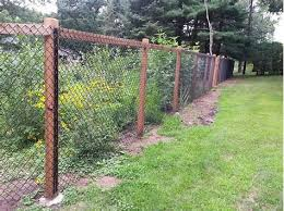 Image Result For 6 Foot Chain Link Fence With Wood Posts Recinto Idee