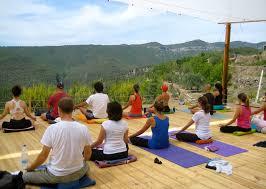 india s best yoga retreats beyond the