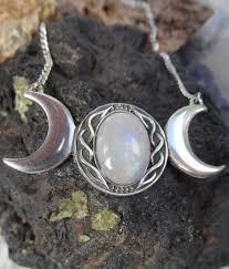 triple moon pendant necklace