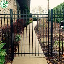 China Used Crimped Spear Tubular Fencing Panels Metal Yard Guard Fence For School China Yard Guard Fence And Crimped Spear Tubular Fence Price