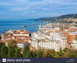 Trieste Porto Vecchio Foto stock - Alamy