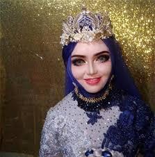 Chú rể và quan khách sợ 'xanh mặt' khi thấy cô dâu bất ngờ làm ...