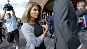 Lori Loughlin & Mossimo Giannulli Face Sentencing