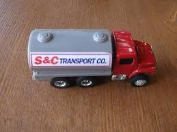 ertl farm country dairy barn set truck