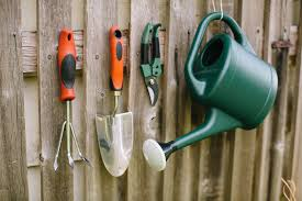 garden tools every gardener needs