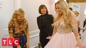 Sabrina Bryan Hopes to Find the Wedding Dress of Her Dreams   Say Yes to  the Dress - YouTube
