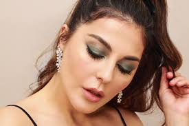 a colorful new year s eve smokey eye