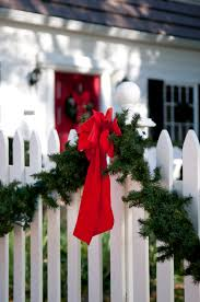 Fence Decoration Ideas For The Holidays Hercules Fence Richmond