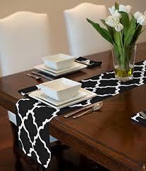white trellis tablerunner mat topper