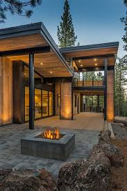 modern mountain home house exterior