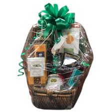 send luxury gift baskets to an