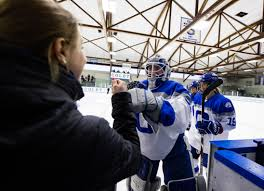 Hockey's Prünster in Goal for Colby—and Austria - News | Colby College