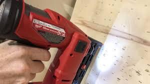 Milwaukee M18 Fuel Narrow Crown Stapler Pro Tool Reviews